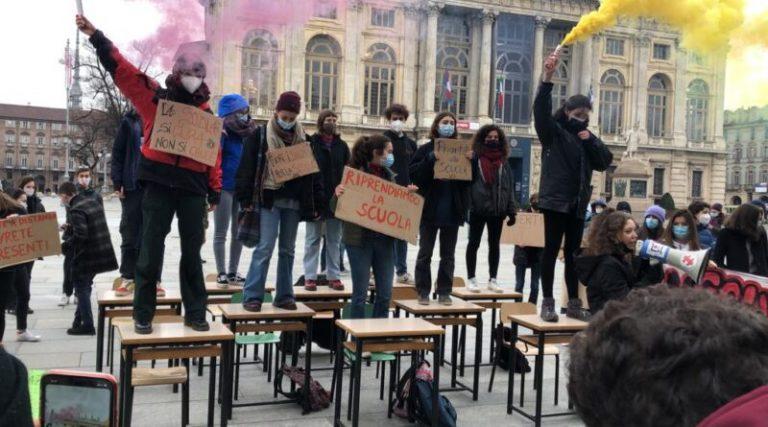 Studenti. Cronaca di una lotta