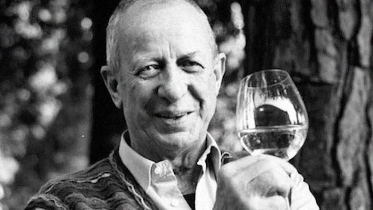 Il vino anarchico e libertino di Gino Veronelli